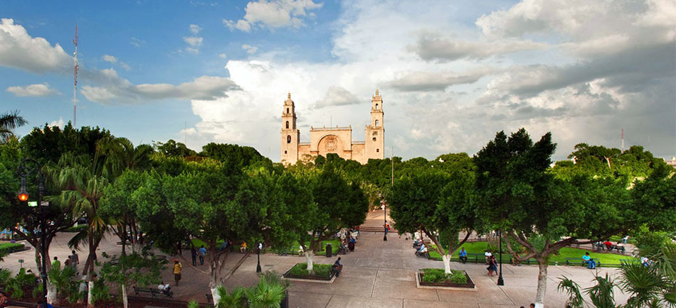 Escudo_MRDA_Plaza_central_Ac_plazacentral