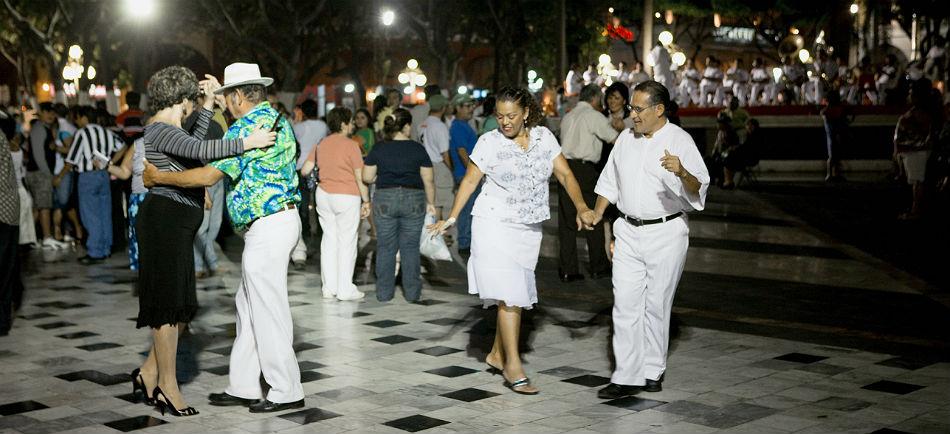 Escudo_Veracruz_carnavales_VER_HEADER